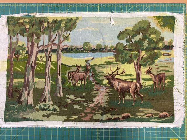Hjorte ved skovsø broderi