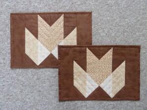 HANNES patchwork sommer DHU - 2 færdige dækkeservietter
