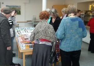 HANNES patchwork var i Æblehaven i Faxe - flere dejlige kunder kikker og køber