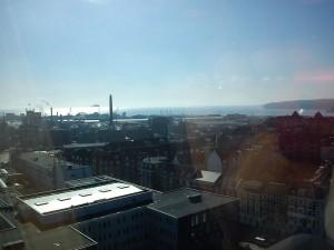 Hannes nyder udsigten over Århus Havn