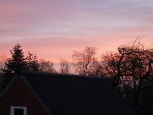 Rød solopgang over Vejerslev - se mere på Hannes blog 220111