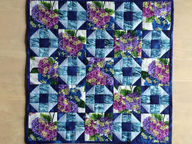 Henny udgave af HANNES patchwork sommer DHU