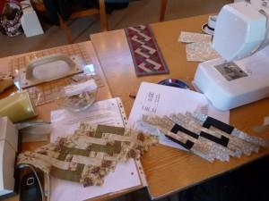 Patchwork i Lindholm -  patchwork på symaskine i kirken