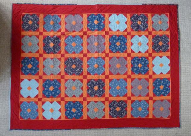 Patchworktæppe til projekt puttetæppe -fra hannes patchwork