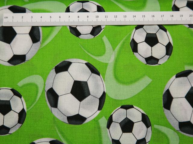 fodbolde på patchworkstof