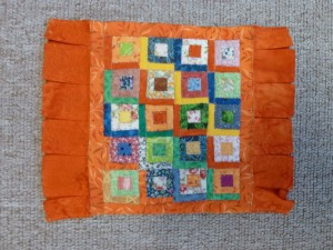 Log cabin-mini patchwork sengetæpper - gæsteblogger på HANNES Blog