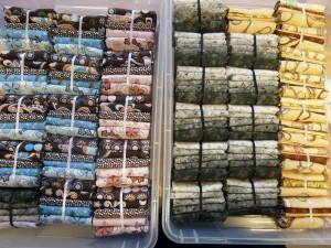 patchwork-stoffer-i-kasser hos HANNES